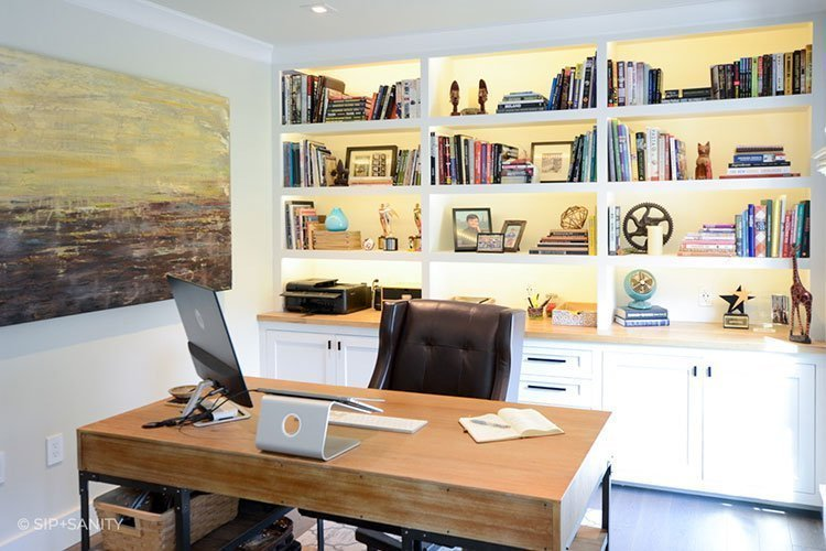 office desk, chair and built-ins