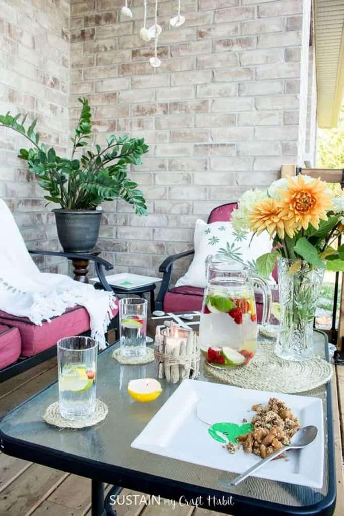 12 simple patio decorating ideas from Sustain My Craft Habit