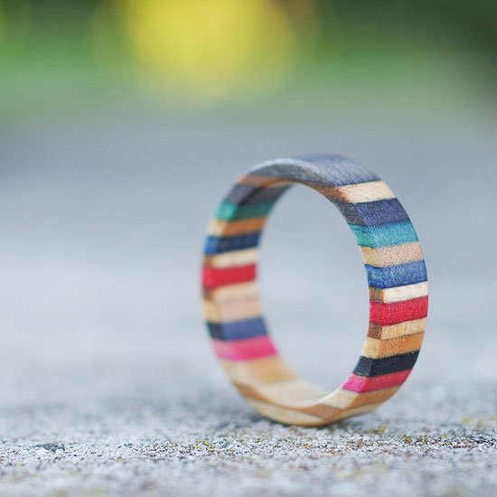 Recycled skateboard ring by 7PLIS