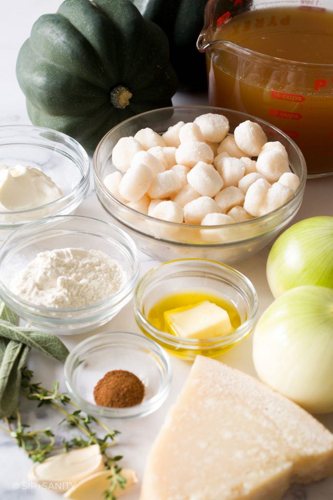 ingredients for roasted acorn squash bisque